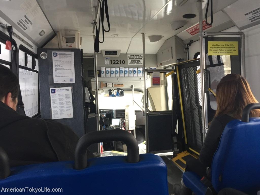 海外の人がオーマイゴットと心配-不安な日本-アメリカ-バリアフリー-バス-車椅子