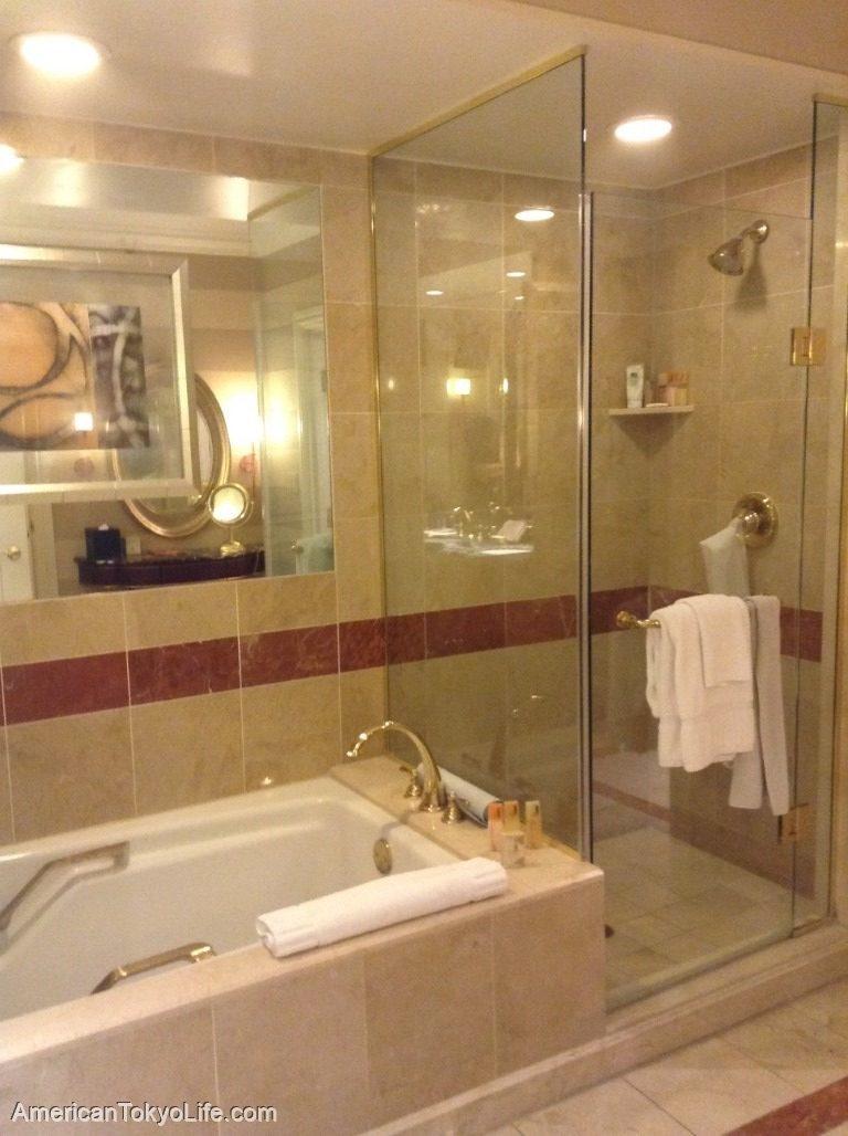 海外の人が爆笑-日本人の勘違い-アメリカ-ホテル-バスルーム-シャワー-バスタブ